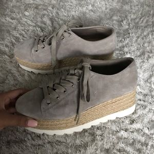 Steve Madden taupe sneakers